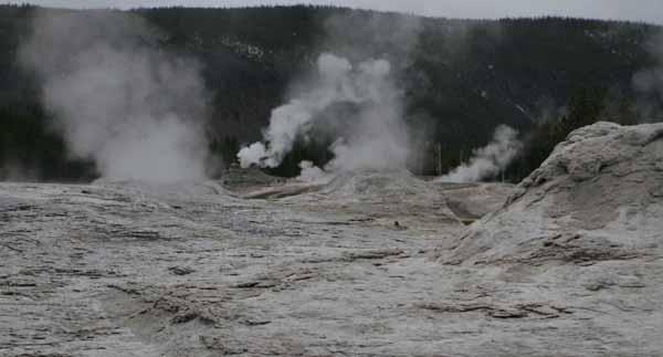 Yellowstone otherworldly