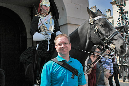 Bruce-with-horse-guard