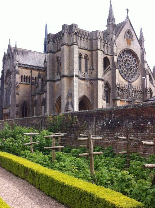 Garden-4-Arundel-Cathedral
