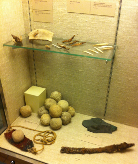 Stones-and-knives-from-Lachish